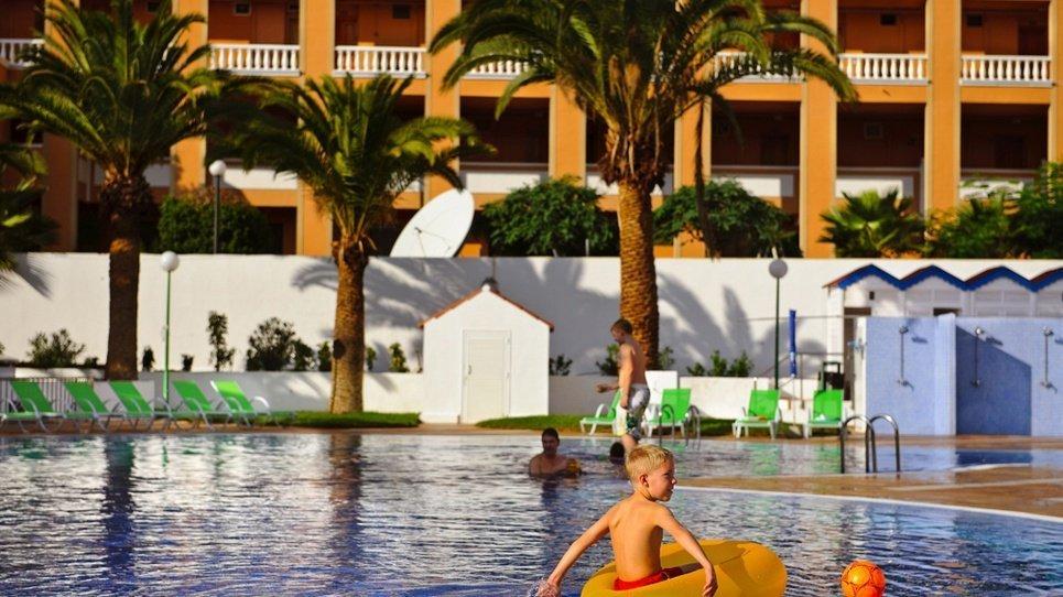 ДЕТСКИЙ БАССЕЙН  Hotel Coral Compostela Beach